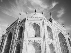 Taj Mahal, Agra, Uttar Pradesh, India by Ian Trower