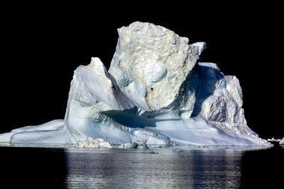 https://imgc.allpostersimages.com/img/posters/iceberg-in-greenland_u-L-Q10VHL10.jpg?p=0