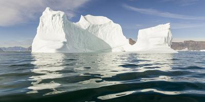 https://imgc.allpostersimages.com/img/posters/iceberg-in-the-uummannaq-fjord-system-america-north-america-greenland-denmark_u-L-Q1H234M0.jpg?artPerspective=n