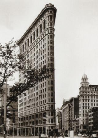 Flatiron Building by Igor Maloratsky