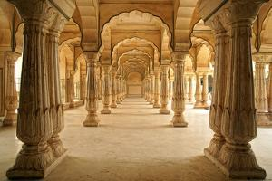 Columned Hall of Amber Fort. Jaipur, India by Igor Plotnikov