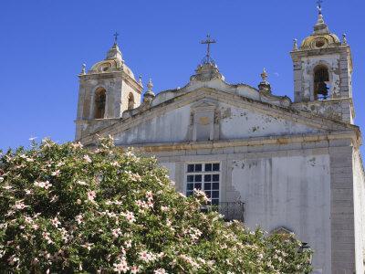 https://imgc.allpostersimages.com/img/posters/igreja-de-santa-maria-lagos-algarve-portugal-europe_u-L-P7O3E80.jpg?p=0