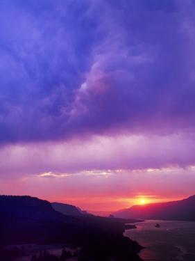 Columbia River Gorge II by Ike Leahy