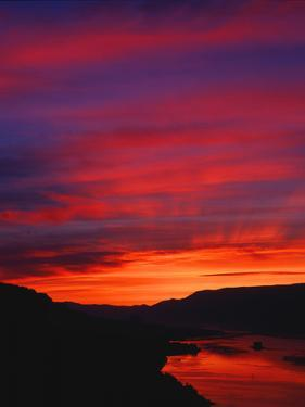 Columbia River Gorge IV by Ike Leahy