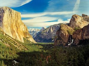 Yosemite I by Ike Leahy