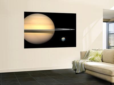 https://imgc.allpostersimages.com/img/posters/illustration-of-saturn-and-earth-to-scale_u-L-PFHCF80.jpg?artPerspective=n