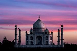 Taj Mahal ,Agra, India by ImpakPro