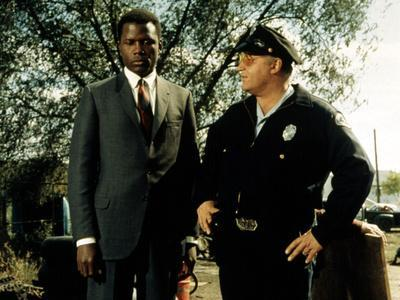 https://imgc.allpostersimages.com/img/posters/in-the-heat-of-the-night-sidney-poitier-rod-steiger-1967_u-L-PH5L2P0.jpg?artPerspective=n