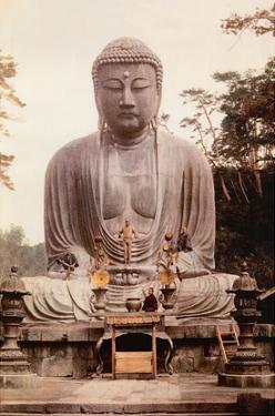 The Great Buddha of Kamakura (Daibutsu) Statue - K?toku-in Temple, Japan by Inc. Island Art