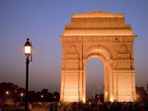 India Gate Illuminated in Evening, New Delhi, India, Asia