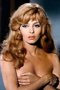 Indomptable Angelique by Bernard Borderie with Michelle Mercier, 1967 (photo)