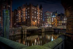 Germany, Hamburg, Speicherstadt (Warehouse District), Pickhuben, Night, Night Shot by Ingo Boelter