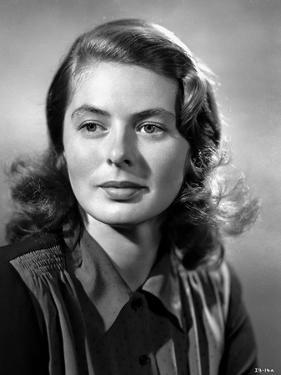 Ingrid Bergman wearing a Silk Blouse with Collar by E Bachrach