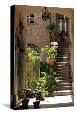 Inner Courtyard in the Old Town of Orvieto with Souvenir Shop, Orvieto, Italy