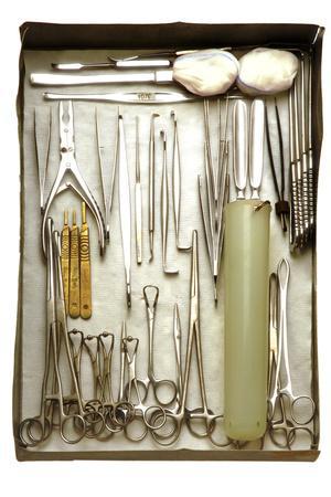 https://imgc.allpostersimages.com/img/posters/instruments-used-in-orthopedic-surgery_u-L-PZK5NI0.jpg?p=0