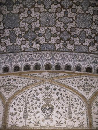 https://imgc.allpostersimages.com/img/posters/interior-decorative-detail-amber-fort-one-of-the-great-rajput-forts-amber-near-jaipur-india_u-L-P1UQPP0.jpg?p=0