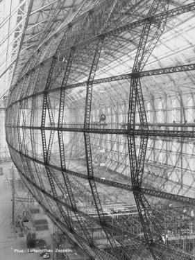 Interior Design of a Zeppelin