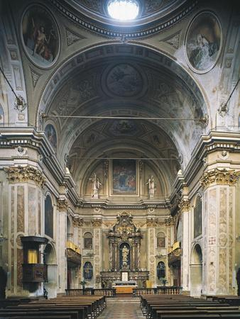 https://imgc.allpostersimages.com/img/posters/interior-of-church-of-san-filippo-neri-casale-monferrato-italy_u-L-POPVP40.jpg?p=0