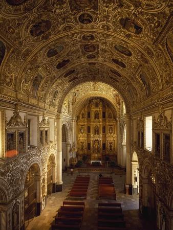 https://imgc.allpostersimages.com/img/posters/interior-of-church-of-santo-domingo-begun-in-1551-historic-center-of-oaxaca_u-L-PQ39430.jpg?p=0