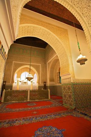 https://imgc.allpostersimages.com/img/posters/interior-of-mausoleum-of-moulay-ismail-meknes-morocco-north-africa-africa_u-L-PQ8QUZ0.jpg?p=0