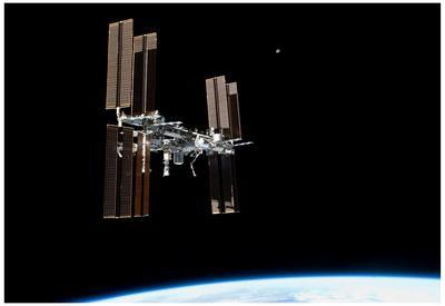 https://imgc.allpostersimages.com/img/posters/international-space-station-2011-3-photo-poster_u-L-F59ANZ0.jpg?artPerspective=n