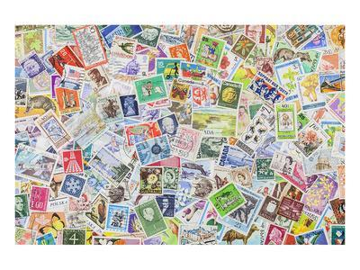 https://imgc.allpostersimages.com/img/posters/international-vintage-stamps_u-L-F8AXI80.jpg?artPerspective=n