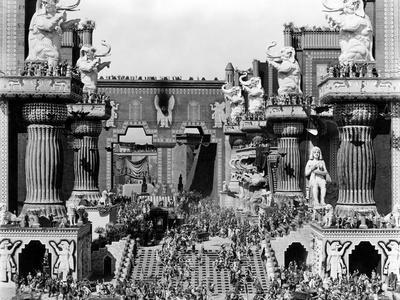 https://imgc.allpostersimages.com/img/posters/intolerance-1916-directed-by-david-wark-griffith-pictured-here-is-a-scene-still-from-the-1916-fil_u-L-Q1C44ZB0.jpg?artPerspective=n