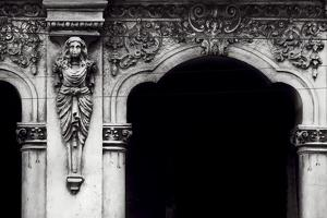 Columnata III by Irene Suchocki