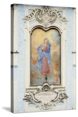 Quiet Adoration by Irene Suchocki