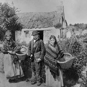 Irish Hawkers, C.1900