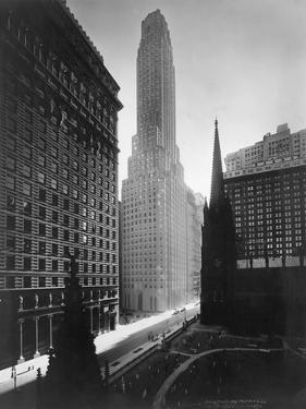 Irving Trust Company Building, New York by Irving Underhill
