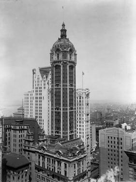 Singer Tower, New York by Irving Underhill