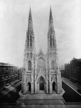 St. Patrick's Cathedral, New York by Irving Underhill
