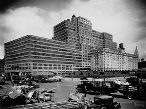 Starrett-Lehigh Building, New York by Irving Underhill
