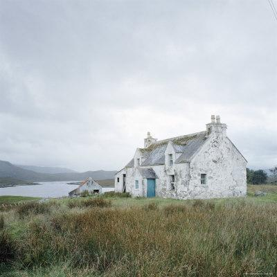 https://imgc.allpostersimages.com/img/posters/isle-of-lewis-outer-hebrides-scotland-united-kingdom-europe_u-L-P2QTHD0.jpg?p=0