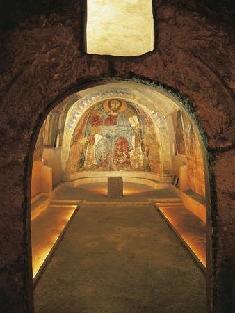 https://imgc.allpostersimages.com/img/posters/italy-apulia-gravina-in-puglia-rock-crypt-of-san-vito-vecchio-church_u-L-POPU5P0.jpg?artPerspective=n