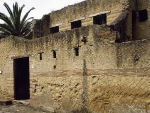 Italy. Herculaneum. the House of the Stags. 1st Ad. Entrance