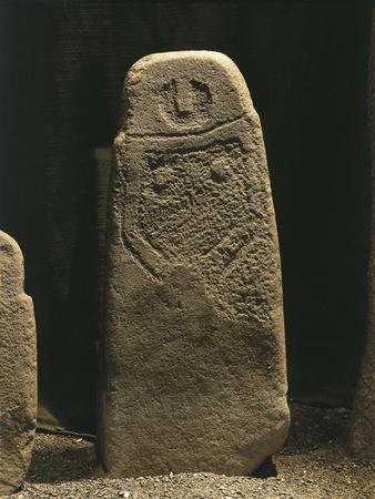 https://imgc.allpostersimages.com/img/posters/italy-liguria-region-anthropomorphic-menhir-statue-from-val-di-magra_u-L-POPULJ0.jpg?p=0