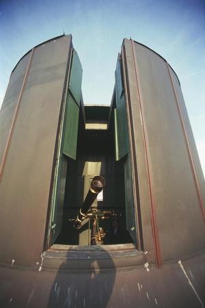 https://imgc.allpostersimages.com/img/posters/italy-lombardy-region-brera-observatory-in-milan_u-L-PRBL9F0.jpg?p=0