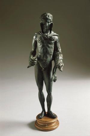 https://imgc.allpostersimages.com/img/posters/italy-poggio-castiglione-massa-marittima-bronze-statue-depicting-hercules_u-L-PRBOBU0.jpg?p=0