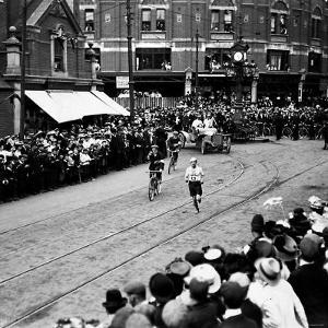 Italy's Dorando Pietri in Action During the Marathon Race at the 1908 Olympic Games