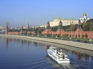 Kremlin and Moskva River, Moscow, Russia by Ivan Vdovin