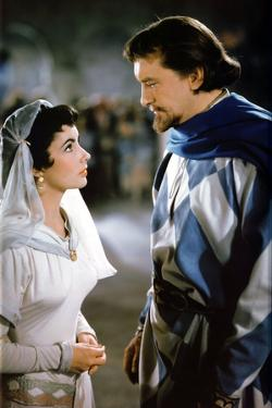 IVANHOE, 1952 directed by RICHARD THORPE Elizabeth Taylor and George Sanders (photo)
