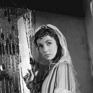"IVANHOE, 1952 directed by RICHARD THORPE Elizabeth Taylor pictured during the making of the film ""I"