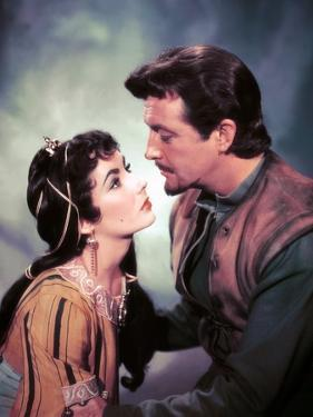 IVANHOE, 1952 directed by RICHARD THORPE Elizabeth Taylor / Robert Taylor (photo)