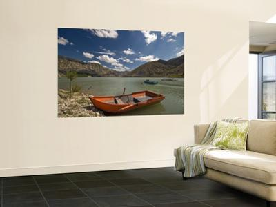 Tortum Lake by Izzet Keribar