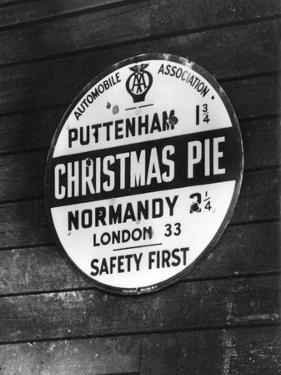 Christmas Pie by J. Chettlburgh