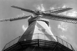 Cranbrook Windmill by J. Chettlburgh