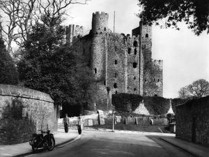 Rochester Castle by J. Chettlburgh