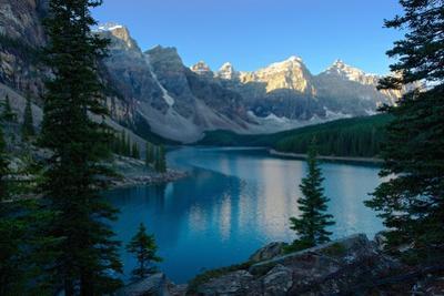 Ten Peaks of Moraine Lake by J.P.Andersen Images